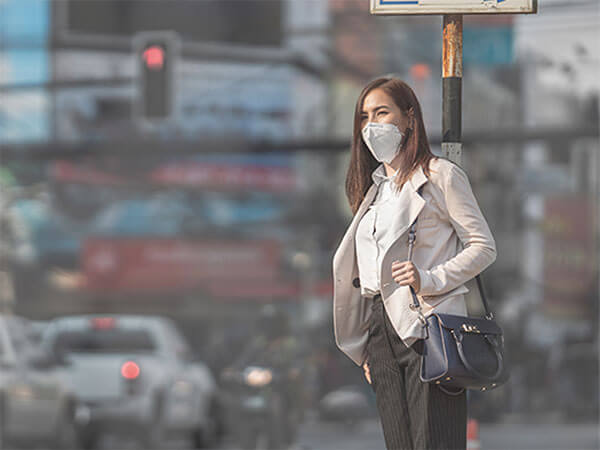 Air pollution's impact on traveler health