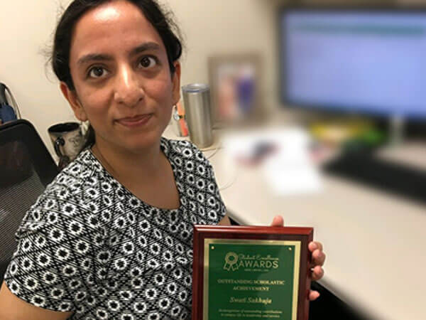 Alum and current PhD student, Swati Sakhuja Receives Outstanding Achievement