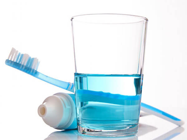 Clinical Effect of Toothpaste and Mouth Rinse Containing Zinc Lactate on Oral Malodor Reduction