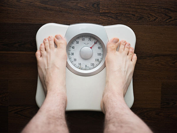 Study: Do daily weigh-ins help you lose weight?