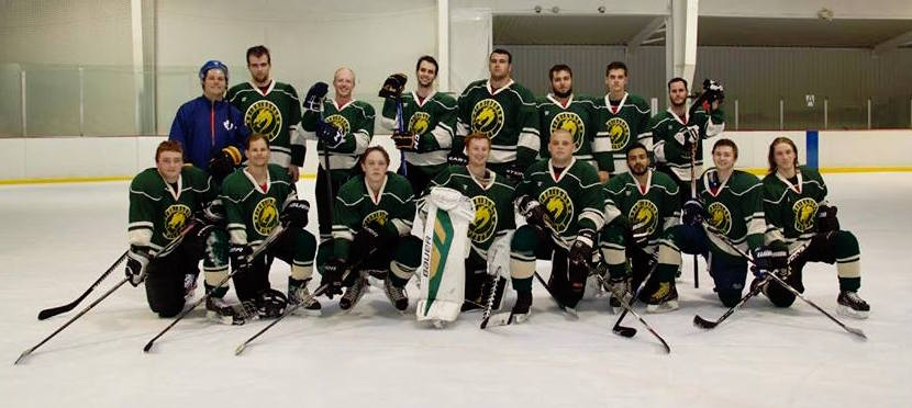 The UAB Men's Hockey Club poses for a team picture (Photo from UAB Men's Hockey Club).