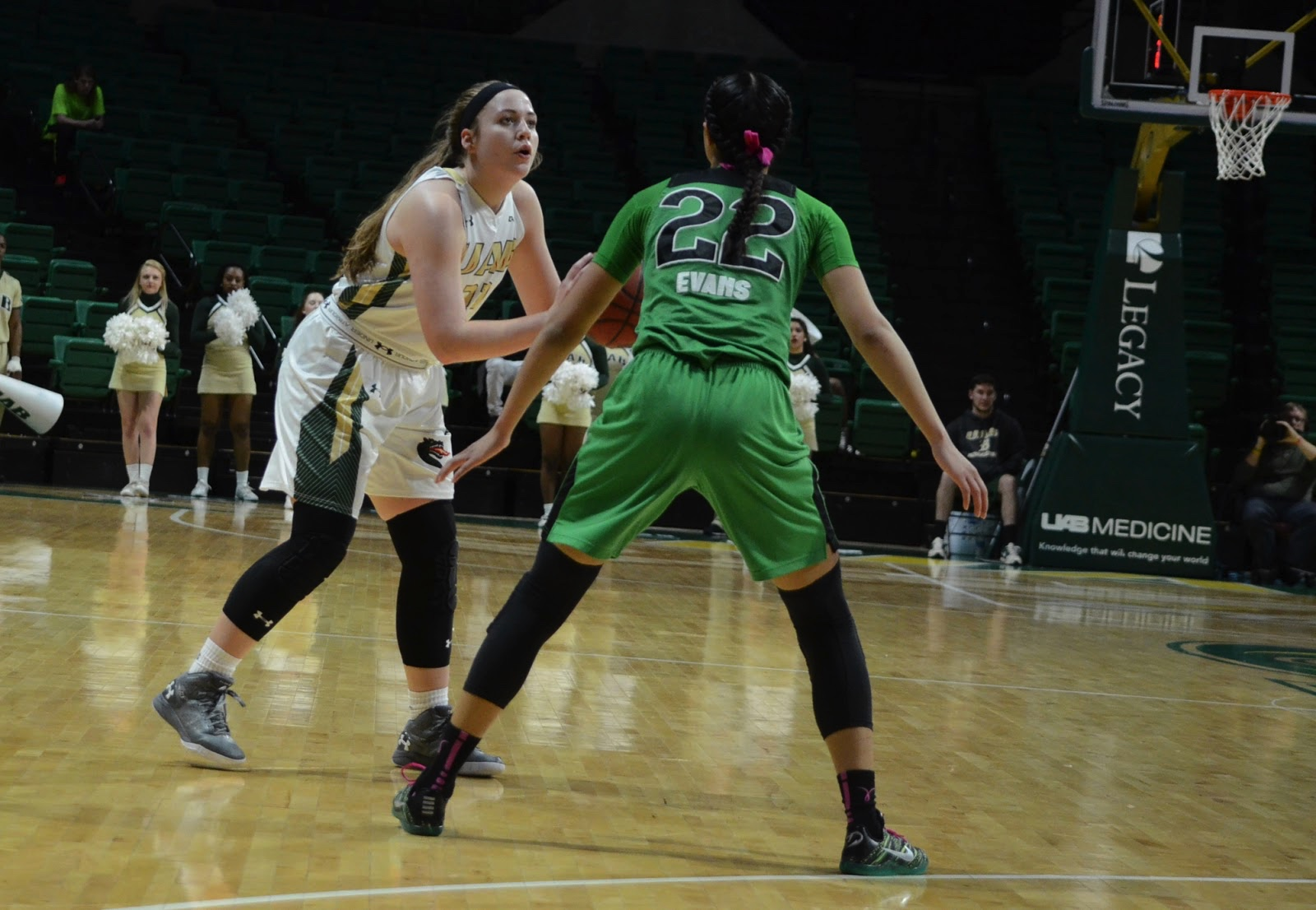 Guard Rachael Childress sets new record against Marshall. Photo by Ian Keel/Photo Editor