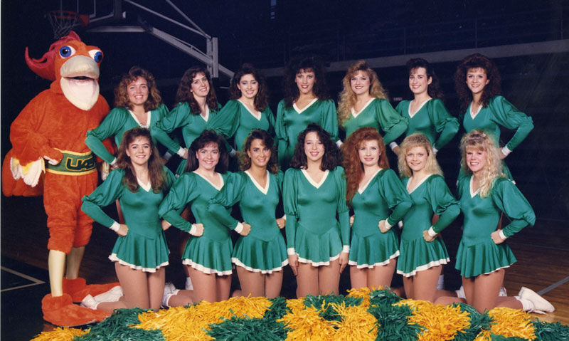 Photo of 1989 dance team with Beauregard T. Rooster
