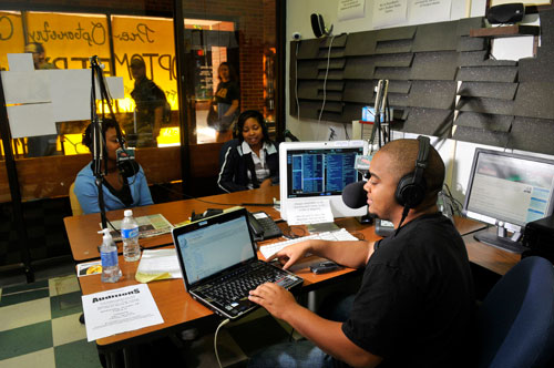 UAB - Magazine - UAB's Student-Run Internet Radio Station